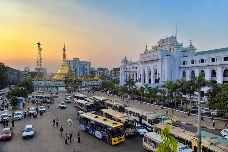 Đường phố trung tâm Myanmar