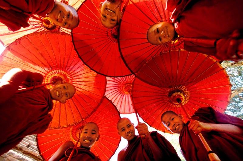 Các nhà sư trẻ Myanmar